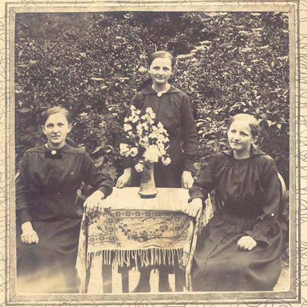1a old Geschwister Lentz 1918